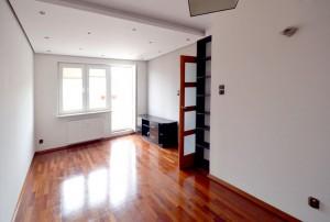 na zdjęciu wnętrze mieszkania w Warszawie na sprzedaż