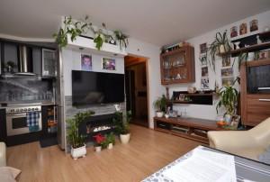 na zdjęciu mieszkanie na sprzedaż w Warszawie