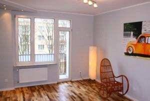 na zdjęciu salon mieszkania w Warszawie na Mokotowie