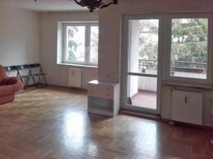 zdjęcie przedstawia wnętrze mieszkania w Warszawie na sprzedaż