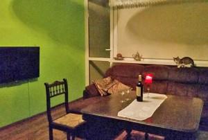 na zdjęciu wnętrze mieszkania do sprzedaży w Warszawie na Bielanach