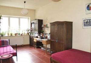 widok na wnętrze mieszkanie do sprzedaży w  Warszawie na Bemowie