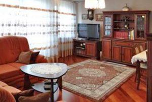 salon w mieszkaniu do sprzedaży na Bemowie w Warszawie
