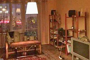na zdjęciu widoczny salon w mieszkaniu w Warszawie do sprzedaży