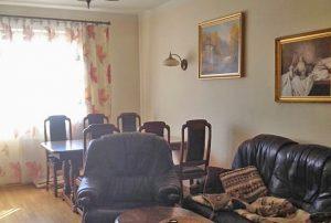 na zdjęciu duży pokój w mieszkaniu na sprzedaż w Warszawie - Bemowo