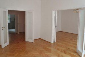 zdjęcie przedstawia wnętrze mieszkania na sprzedaż w Warszawie - Śródmieście