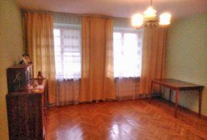 zdjęcie przedstawia wnętrze mieszkania w Warszawie do sprzedaży za 630 000 zł