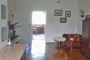 zdjęcie przedstawia duży pokój w mieszkaniu na sprzedaż w Warszawie - Żoliborz