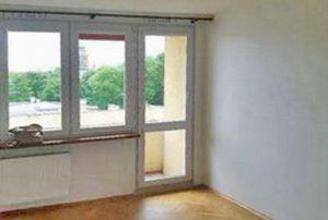 na zdjęciu fragment mieszkania na sprzedaż w Warszawie, w Śródmieściu