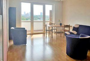 zdjęcie przedstawia mieszkanie na sprzedaż położone w Warszawie, w dzielnicy Wola