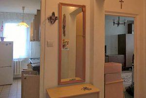 na zdjęciu wnętrze mieszkania na warszawskich Bielanach do sprzedaży