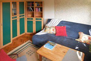 salon w mieszkaniu do sprzedaży w Warszawie