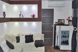 zdjęcie przedstawia salon w mieszkaniu na Bemowie w Warszawie do sprzedaży