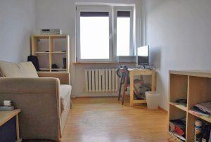 widok na wnętrze mieszkania do sprzedaży w Warszawie w dzielnicy Bielany