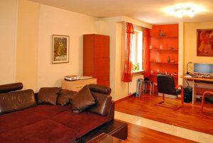 na zdjęciu wnętrze mieszkania do sprzedaż w Warszawie