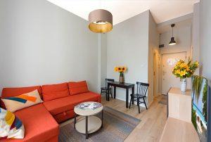 nowoczesne wnętrze salonu w mieszkaniu do wynajęcia Warszawa