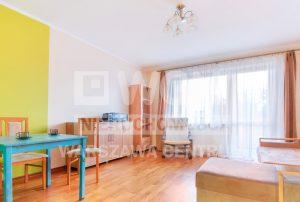 przestronny pokój dzienny w mieszkaniu do wynajęcia Warszawa Praga Południe