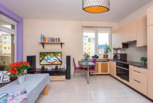 nowoczesny salon w mieszkaniu do sprzedaży Warszawa Targówek